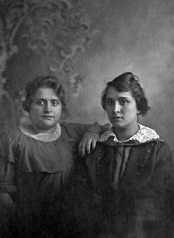 Mabel & Martha Sutton